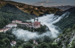 covadonga-in-fog-spain