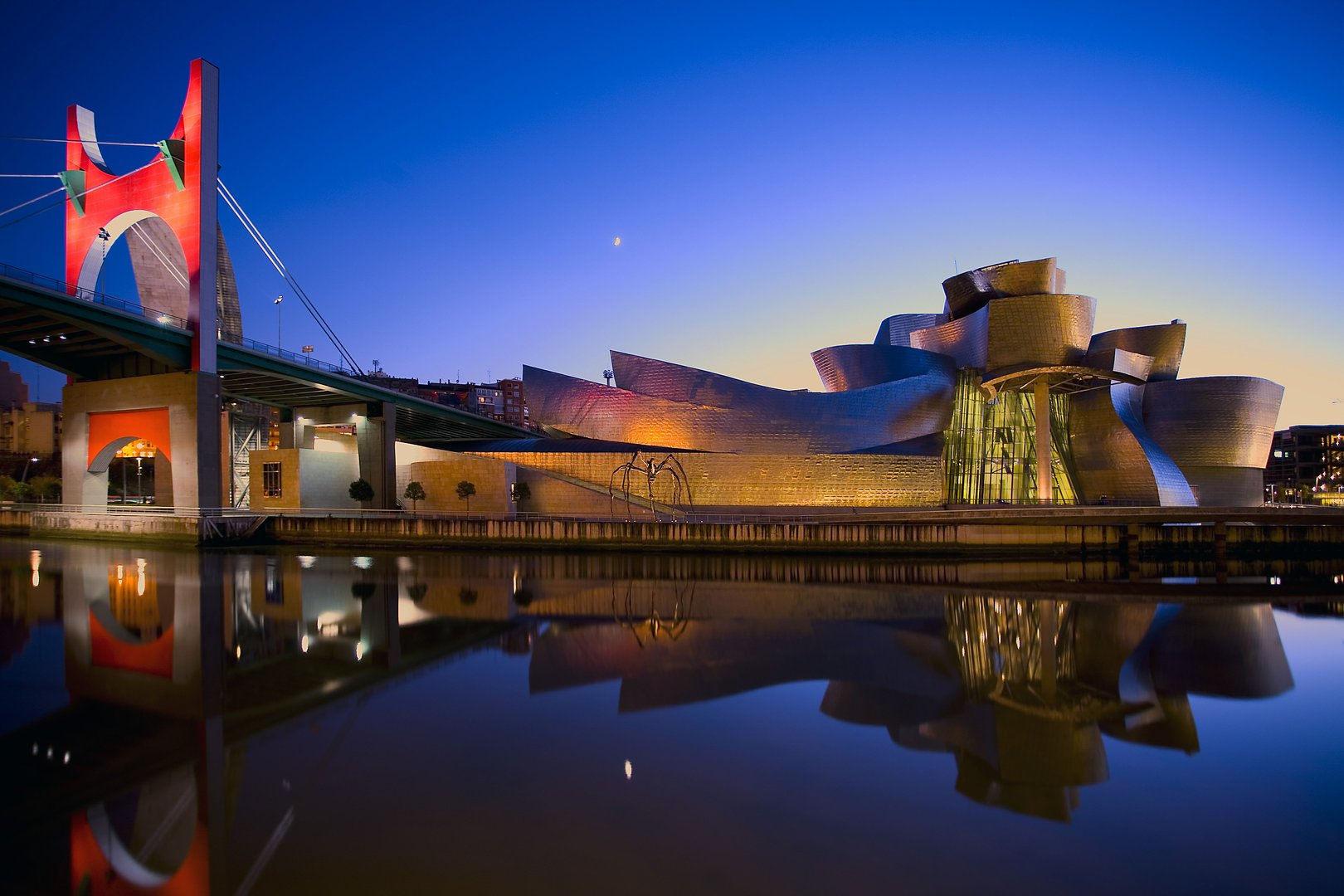 Bilbao-Vitoria: mystery of the Basque country tour.